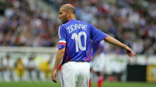 France-Belgique : découvrez la star des Diables Rouges posant avec... le maillot de Zidane ! (PHOTO)