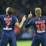 PSG/Lille : Neymar et Kylian Mbappé arrivent au Parc des Princes... masqués ! (VIDEO et REVUE DE TWEETS)