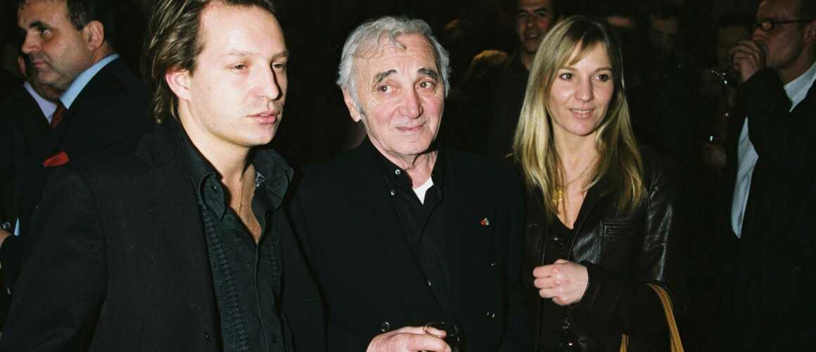 Mischa Aznavour, le fils de Charles Aznavour, sort du silence et donne des nouvelles de sa famille depuis le décès de son père (VIDEO)