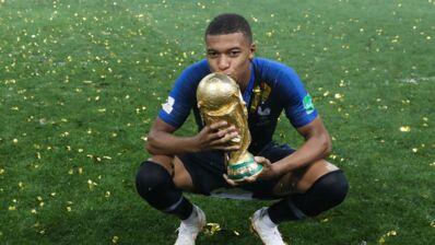 La Coupe du monde, le PSG, la presse people : découvrez les coulisses de l'année incroyable de Kylian Mbappé sur la Chaîne L'Equipe (VIDEO)