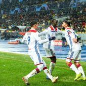 Chakhtior Donetsk/Lyon : grâce à Nabil Fekir, les Lyonnais arrachent le dernier billet pour les huitièmes ! (REVUE DE TWEETS)