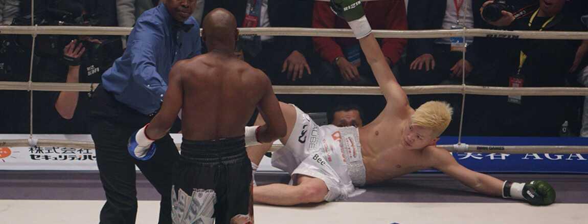 Combat Japonais boxe : floyd mayweather démolit le japonais tenshin nasukawa en 2