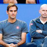 Open d'Australie : Sans accréditation, Roger Federer se fait recaler à l'entrée des vestiaires (VIDEO)