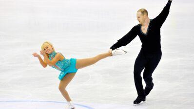 Après avoir été suspendu, le champion de patinage artistique John Coughlin se suicide à 33 ans (VIDÉO)
