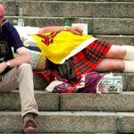 France/Ecosse : pinte sacrée, simple vitrage, la météo dans toutes les bouches... Ces drôles d'habitudes écossaises vont vous surprendre