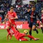 Le PSG étouffe Nîmes (3-0), Kylian Mbappé établit un nouveau record (REVUE DE TWEETS)
