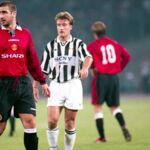 PSG/Manchester United : Didier Deschamps et Éric Cantona, l'autre match se déroule en tribunes