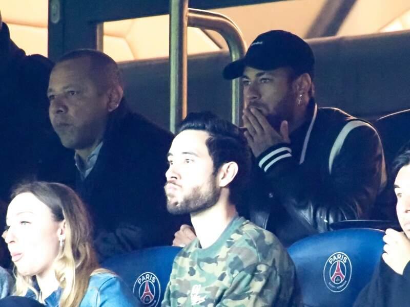 Blessé et acteur passif du match, Neymar a souffert