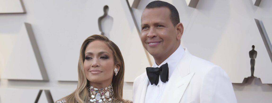 chaussures décontractées liquidation à chaud aspect esthétique Jennifer Lopez bientôt mariée : elle dévoile sa bague de ...