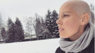 """Fanny Leeb, la fille de Michel Leeb, annonce être atteinte d'un cancer """"très agressif"""" : """"C'est un coup de pied au cul"""""""