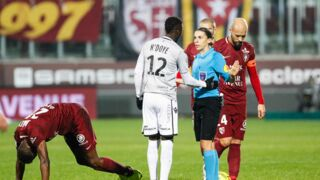 Ligue 1 : Stéphanie Frappart désignée pour arbitrer un match... une première historique !