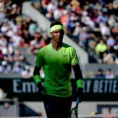 Roland-Garros 2019 : le gros câlin trop chou de Rafael Nadal à une jeune fan (VIDEO)