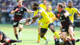 Top 14 : Clermont bat Lyon et rejoint Toulouse en finale !