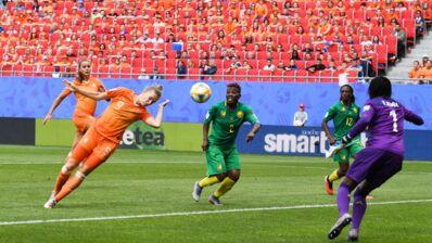 Coupe du monde féminine de football 2019 : les Pays-Bas battent le Cameroun, et filent en huitièmes