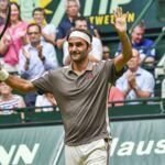 Tennis : Roger Federer ne laisse aucune chance à Pierre-Hugues Herbert et se qualifie pour la finale à Halle