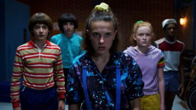 Stranger Things, saison 3 (Netflix) : Winona Ryder, Millie Bobby Brown, David Harbour, Finn Wolfhard se préparent à passer un été de tout les dangers (PHOTOS)