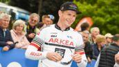 Tour de France 2019 : quand André Greipel passe la ligne d'arrivée à pied, le vélo sur l'épaule ! (PHOTO)