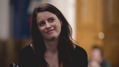 """Anne Décis (Plus belle la vie) : """"C'était assez schizophrénique de tourner enceinte"""""""