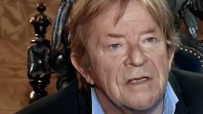Michel de Decker (Secrets d'Histoire) est mort, Stéphane Bern rend hommage à son chroniqueur