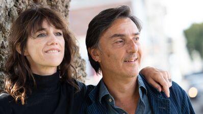 Yvan Attal et Charlotte Gainsbourg charment le Festival d'Angoulême avec Mon chien stupide