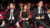 Le magnifique échange entre Lionel Messi et Cristiano Ronaldo en pleine cérémonie (VIDEO)