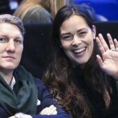Parents pour la seconde fois, Ana Ivanovic et Bastian Schweinsteiger publient un adorable cliché de leur nouveau-né (PHOTO)