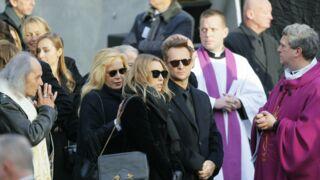 """""""Pathétique et indécent"""" : le parolier de Johnny Hallyday balance sur les obsèques du rockeur"""