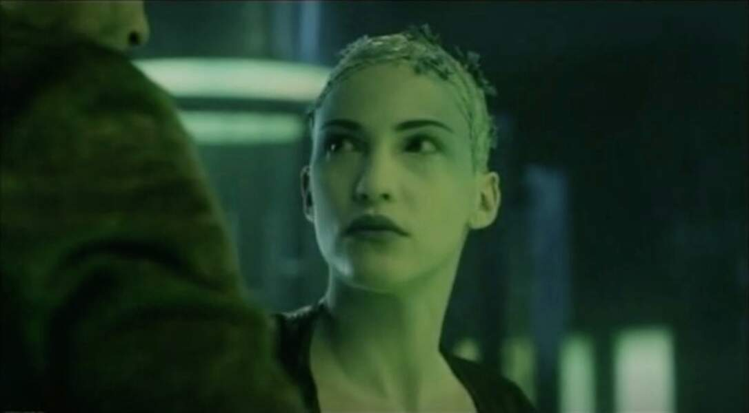Elle y incarne une mutante
