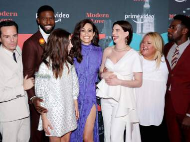 Sublime, Anne Hathaway révèle son impressionnant baby bump lors de l'avant-première de la série Modern Love
