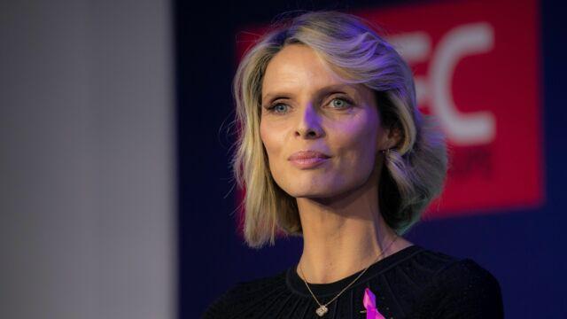 """Sylvie Tellier répond aux accusations de grossophobie : """"On ne pèse jamais les candidates"""""""