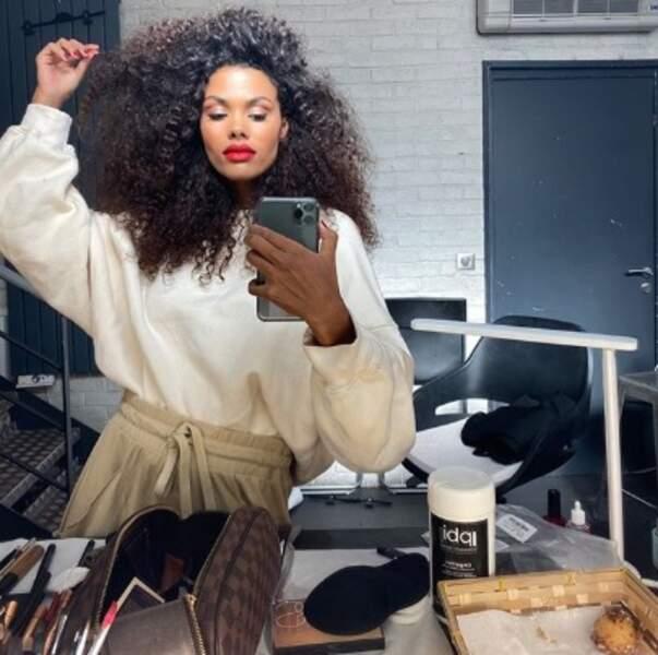 Point mode et beauté : on veut les mêmes cheveux que Tina Kunakey.