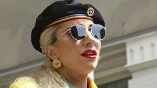 Lady Gaga tombe de scène en plein concert dans les bras d'un spectateur, les images dingues de la chute (VIDEO)