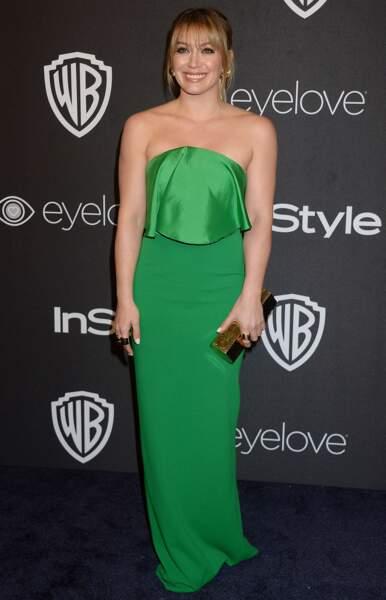 La voilà d'ailleurs sublime en robe verte et avec une frange en 2017