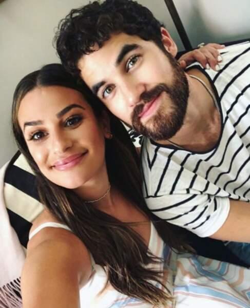 Point mode et beauté : Darren Criss se laisse pousser la barbe et on adore.