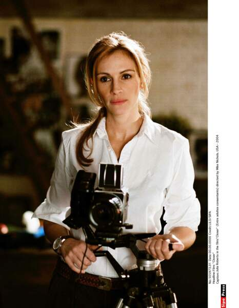 En 2004, elle est au casting du film Closer, aux côtés de Natalie Portman