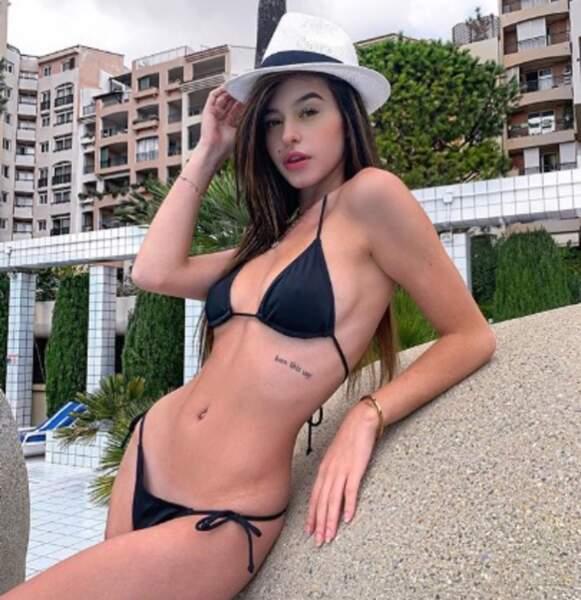 Un peu de sexy : Lea Elui en bikini...