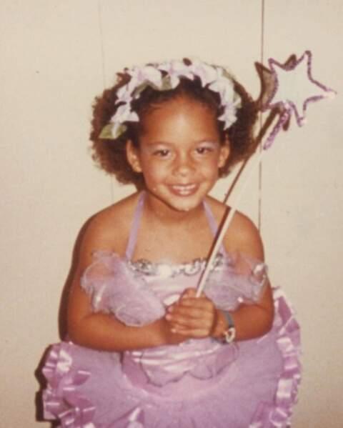 Voici Alicia Keys.