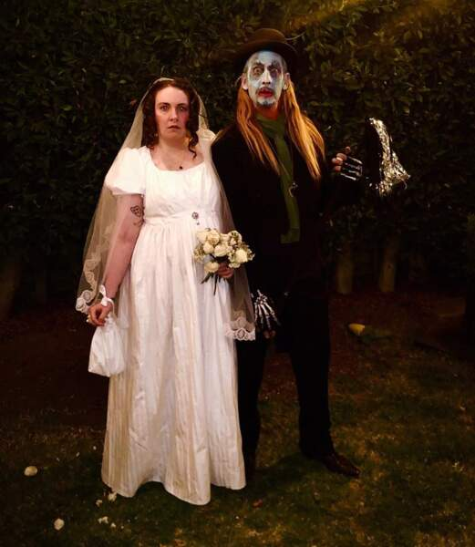 Quand Lena Dunham épouse un zombie…