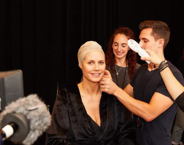 Mais la reine d'Halloween, c'est toujours Heidi Klum, à qui il a fallu des heures de maquillage pour passer de ça…