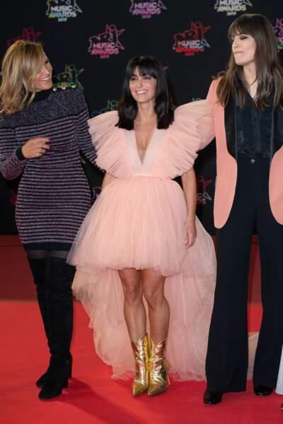 Et voici la robe tout en tulle de Jenifer vue de plus près !