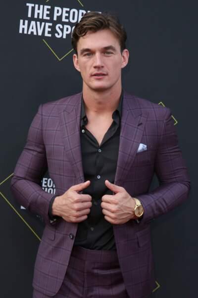 """Le """"Bachelor"""" américain, Tyler Cameron au E! People's Choice Awards à Los Angeles le 10 novembre 2019"""