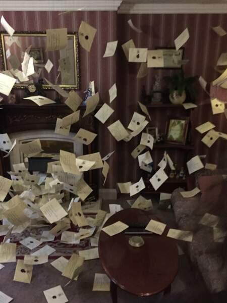 Harry a reçu beaucoup de lettres d'admission à l'école Poudlard
