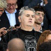 Concert de Jul : Pierre Ménès consterné par les incidents, il met en cause le service de sécurité