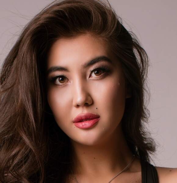 Miss Ouzbekistan : Aziza Tokashova