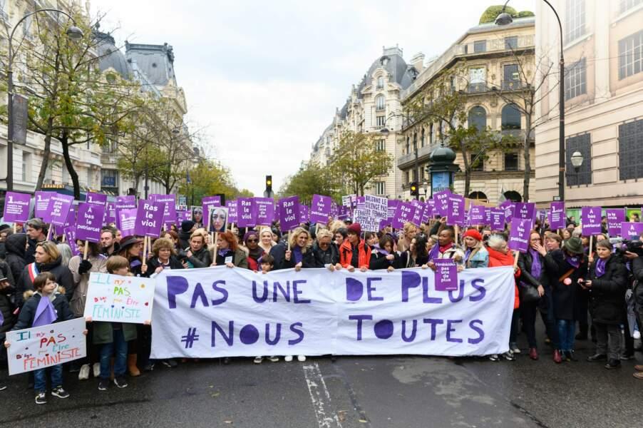 De nombreuses personnalités ont défilé à Paris ce 23 novembre contre les violences faites aux femmes