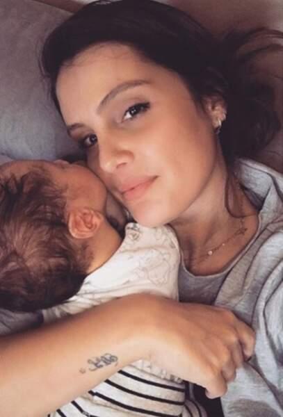 Marine Lloris est une maman attentionné et fière de son petit Leandro