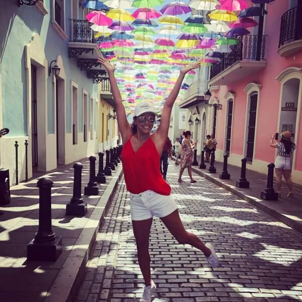 ... ou en ville, Eva Longoria apprécie aussi beaucoup les voyages, ici à Puerto Rico