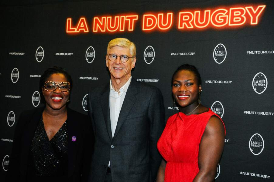 Claudia Tagbo, marraine de la Nuit Rugby, apparaît tout sourire avec Arsène Wenger et Clarisse Agbegnenou !