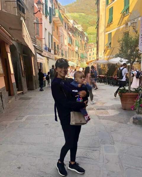 Et elle emmène bien entendu son fils, ici en Italie