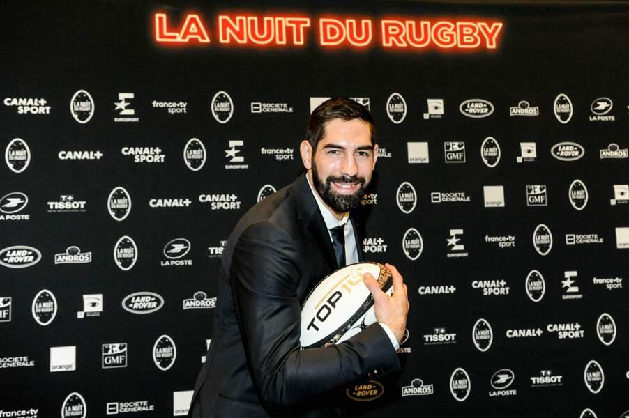 Tout comme Nikola Karabatic qui troque le ballon de hand pour celui de rugby !